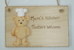"""Mum's kitchen - tasters welcome"" plaque"