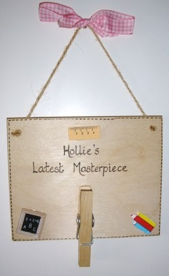 Personalised children's artwork / masterpiece hanger