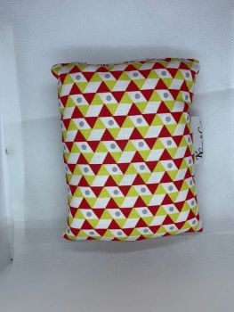 Geometric shape port pillow