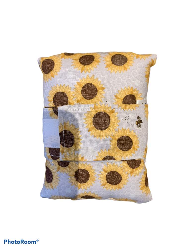 Bee and sunflower port pillow