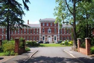 Walton on Thames Surrey Inventory Clerk Property Report
