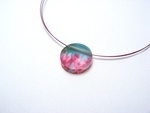 Allium Green - Fucshia Pink 6mm Small Circle Pendant