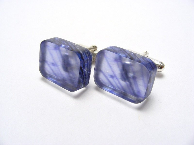 Cartwheel Flower Lilac Cufflinks 1