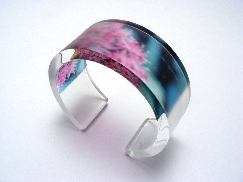 Alliums 6x30mm Bangle Fuchsia