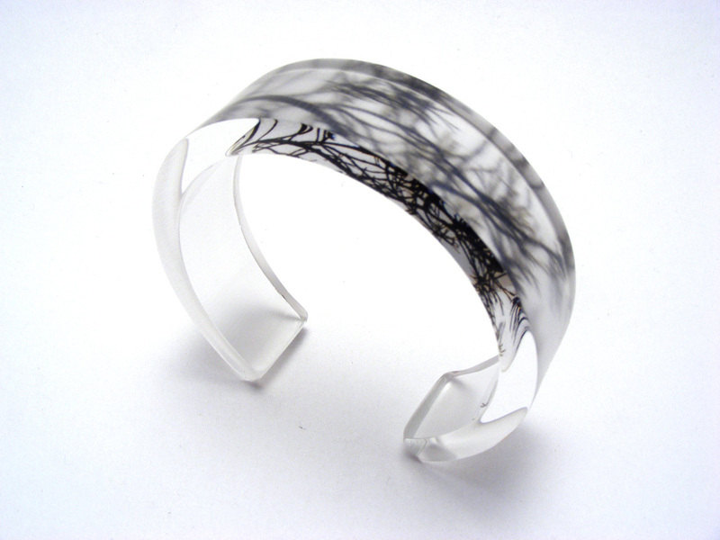 Look to the Sky 6x20mm Bangle B&W Kilburn Branches