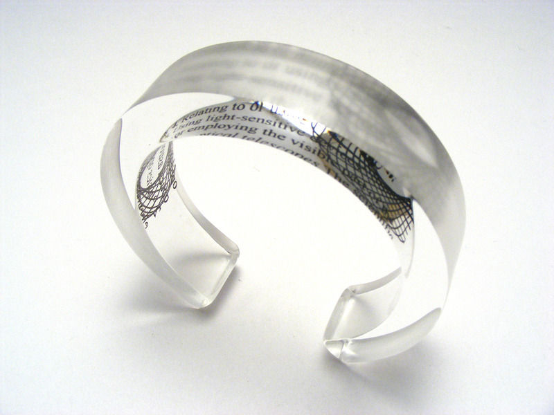 Optical 10x20mm Bangle