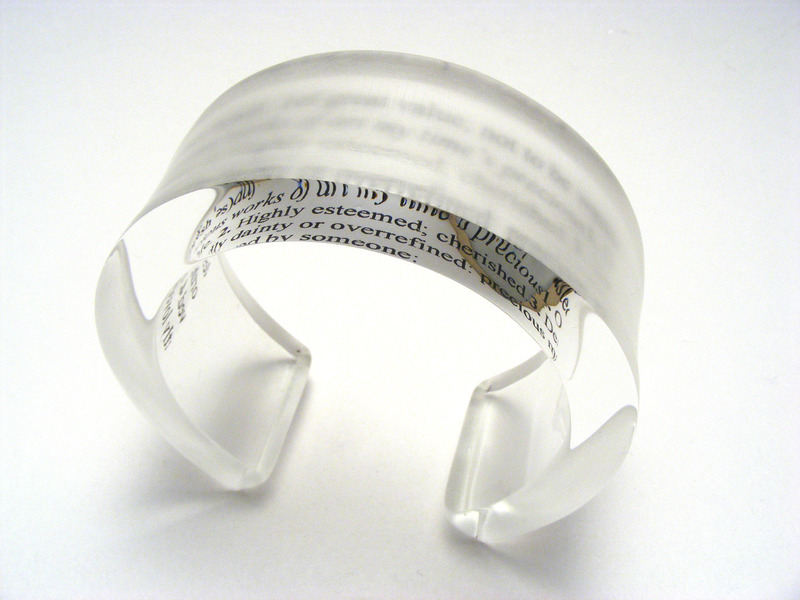 Optical 10x30mm Bangle