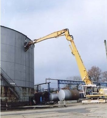 Oil Tank Dismantling 1