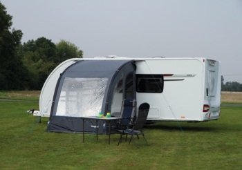 Quest Travel Smart Lynx 240 Air Awning