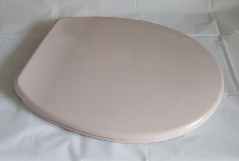 Pale Pink (Whisper) Colour Toilet Seat in Duroplast with Chrome finish hing