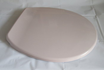 Whisper (Pale) Pink Colour Toilet Seat in Duroplast with Chrome finish hinge