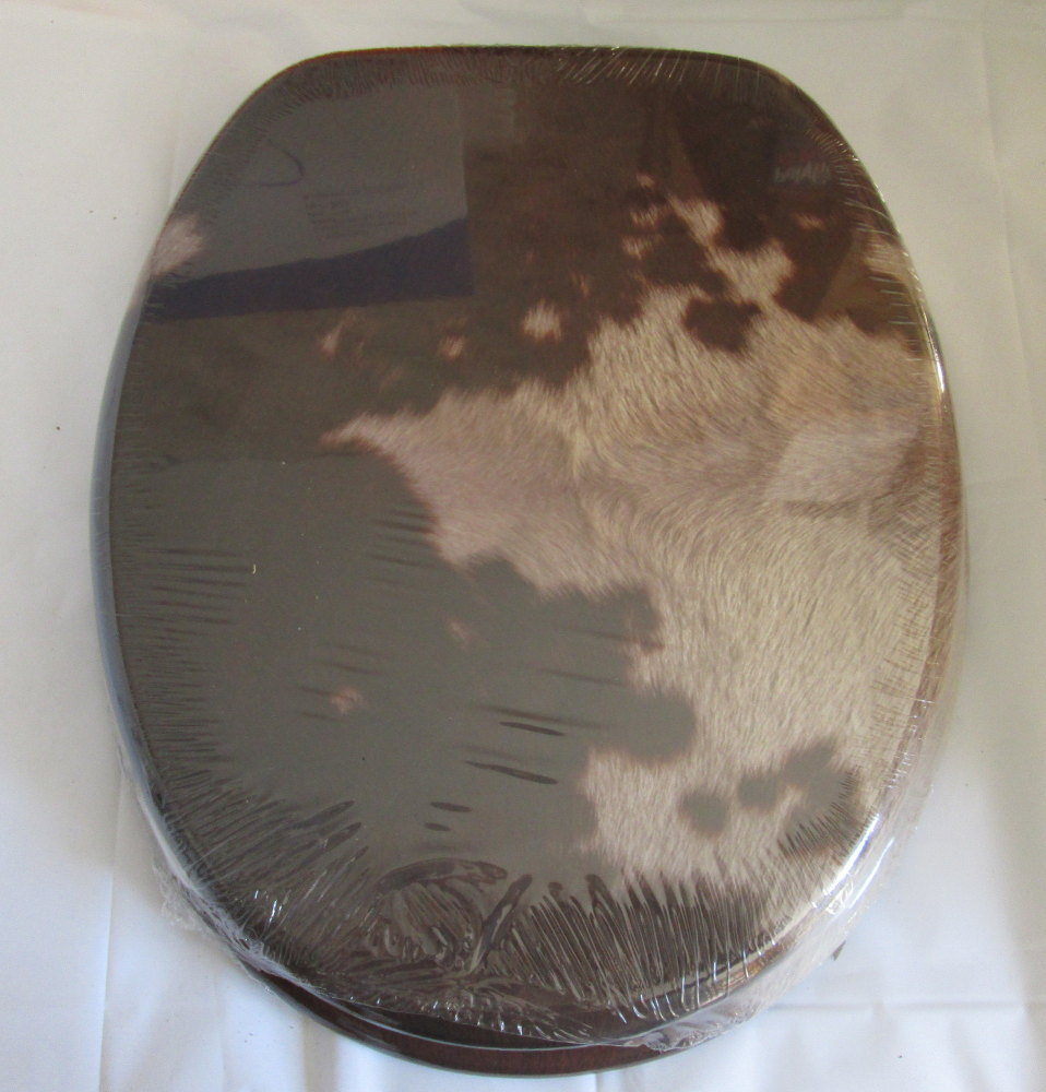 Animal Skin Print Moulded Wood Toilet seat with Chrome finish hinge