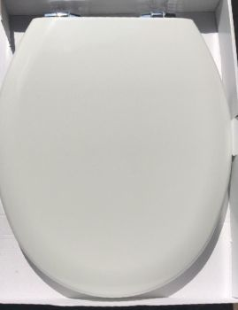 Bemis 4100 Universal Toilet Seat with Hidden Slow Close Chrome Hinge - OPEN BOX ITEM