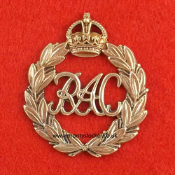 Royal Armoured Corps (RAC) Cap Badge - Early Pattern