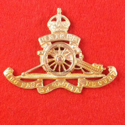 Royal Artillery (RA) Cap Badge