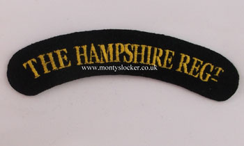 WW2 The Hampshire Regt Shoulder Titles (Pair)