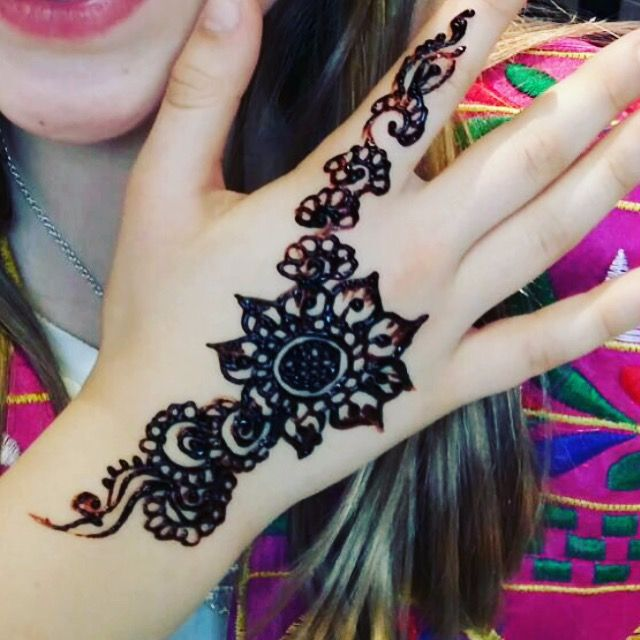 henna school workshops