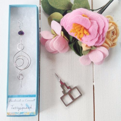 Tattysquawk Shawl Pin - Mother