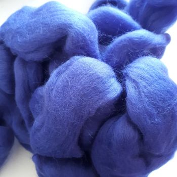 Fibre for spinning or felting - bluey purple (85g)