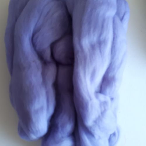 Fibre for spinning or felting - lilac (80g)