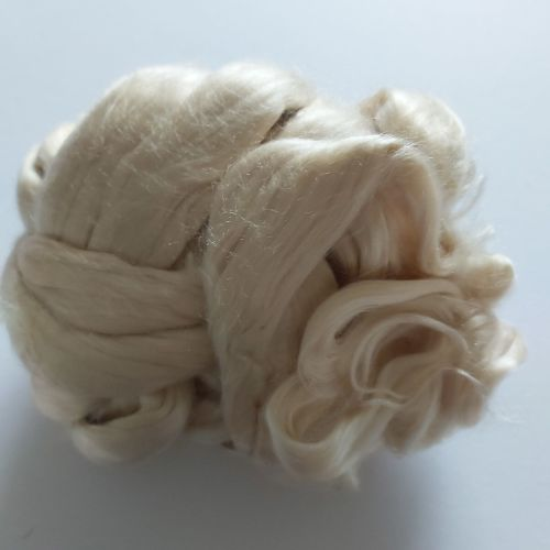 Undyed Seacell spinning fibre - 99g