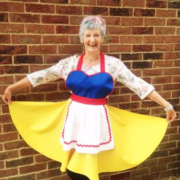 Snow white adult apron