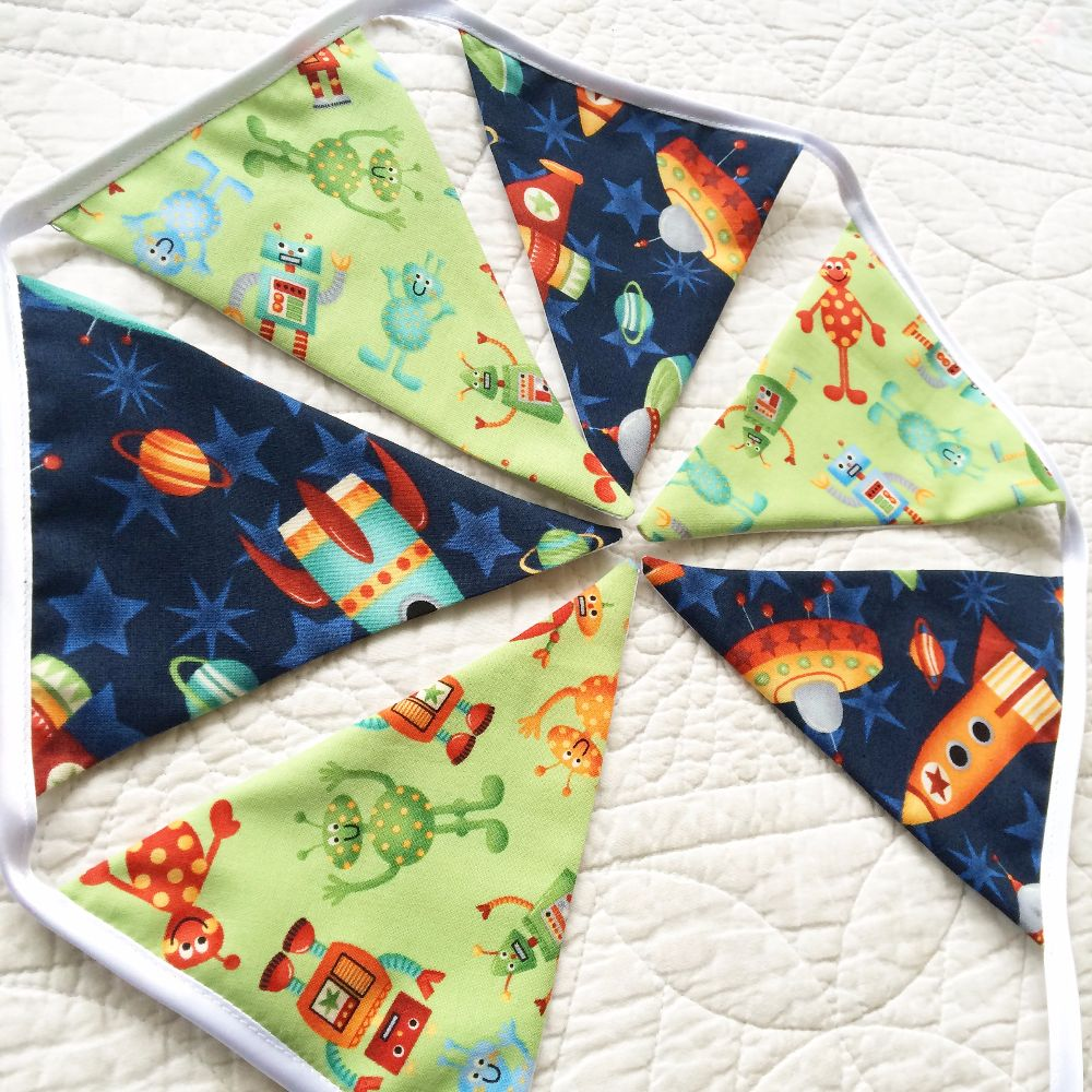 Children's room bunting