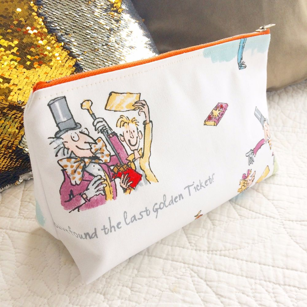 Charlie and the chocolate factory Roald Dahl fabric zip bag