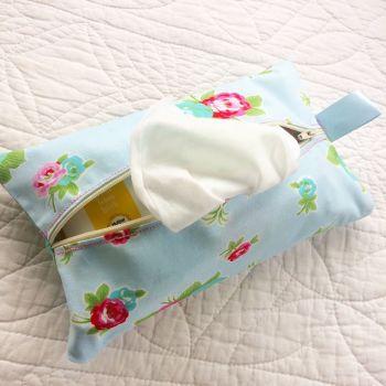 Vintage floral rose wet wipe bag