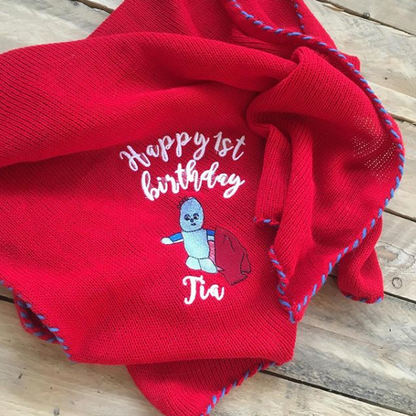 Knitted Iggle Piggle baby blanket