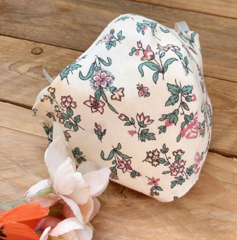 Cream vintage floral 100% cotton face mask with filter pocket