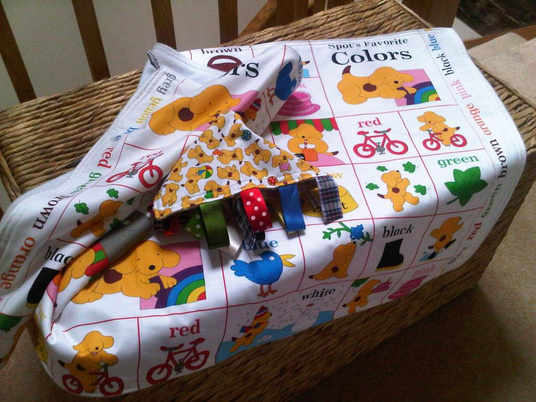 Spot the dog cot blanket and free taggy blanket 2