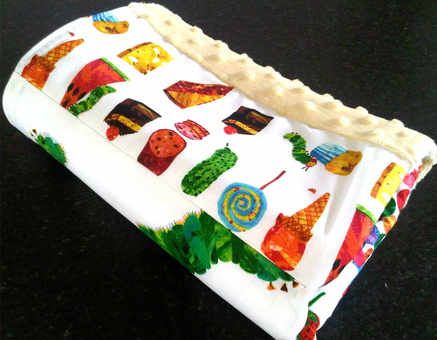 The very hungry caterpillar encore baby travel blanket 3