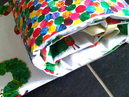 Scater cater reversable hungry caterpillar cot bumper