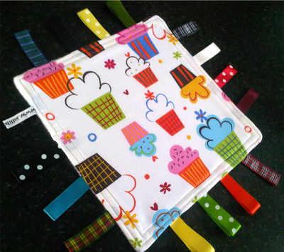 Robert Kaufman Taggy Blankets CUPCAKE design