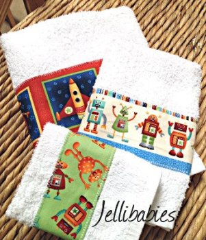 Rockets Spaceships And Aliens New baby towel gift set
