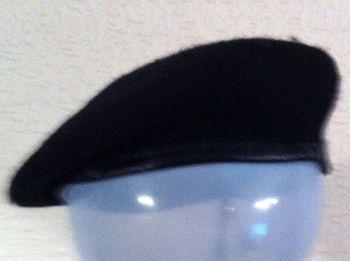 black beret plain