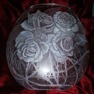 vase dart roses 1