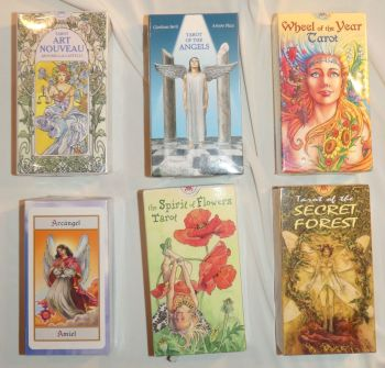 TAROT SETS