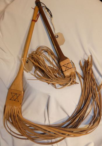 REPRODUCTION FLOGGERS