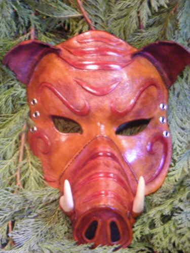 LEATHER MASK /BOAR