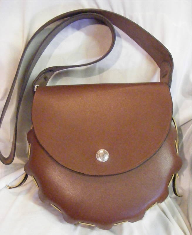 LEATHER HAND BAG 16