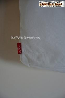Levis Canvas Bag red tab