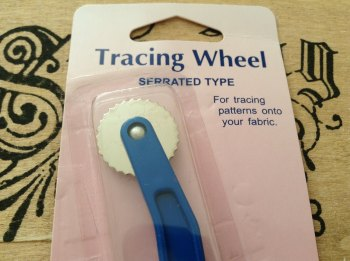 Tracing Wheel Serrated Edge Hemline Pre-Packed H285