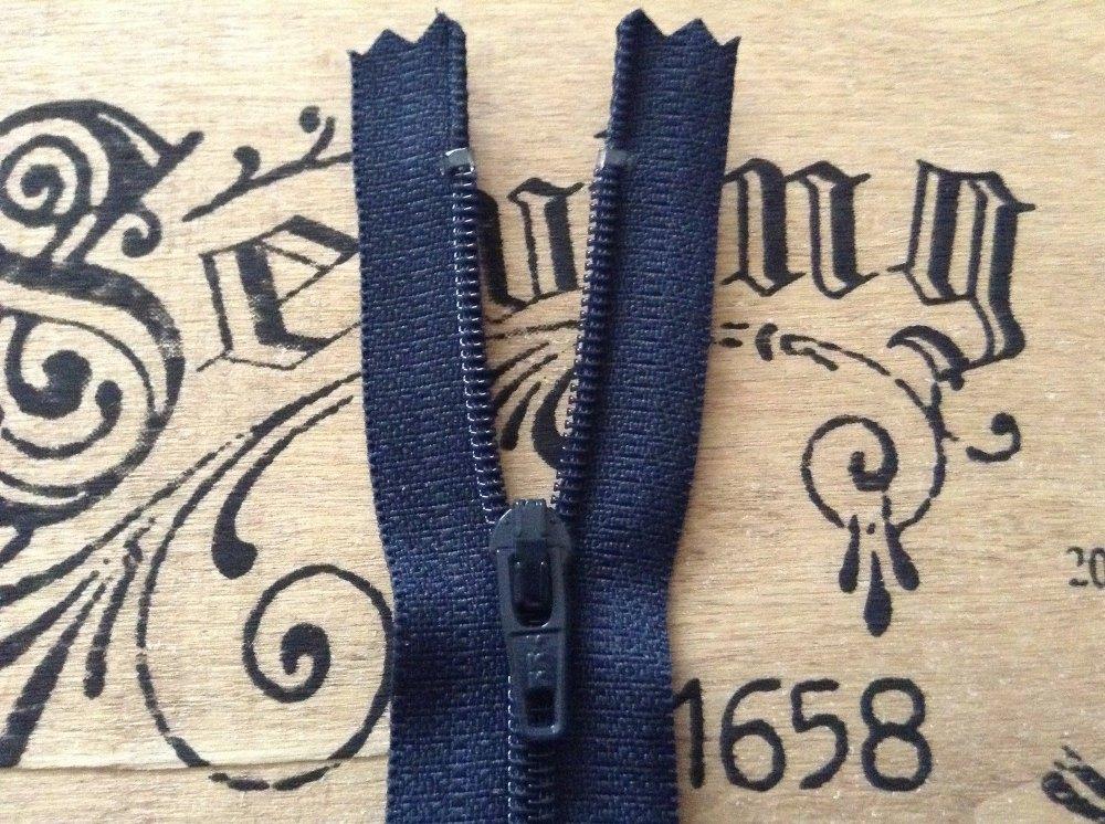 Navy Zip Fastener YKK Nylon Trouser Dress Zipper Closed End 18cm Long