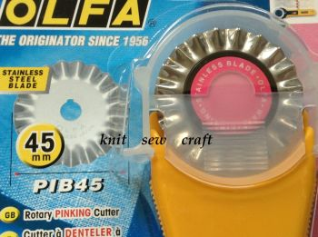Olfa 45mm Pinking Rotary Cutter PIK-2 for Decorative Edges