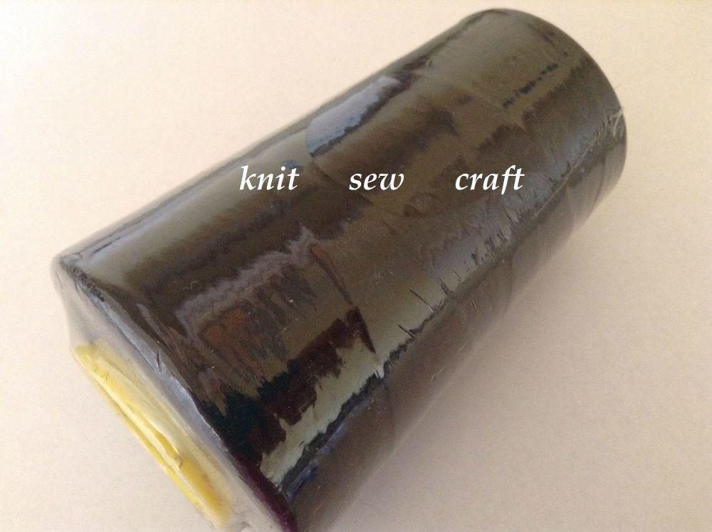 Black Sewing Thread 5000 metres Reel Overlocker