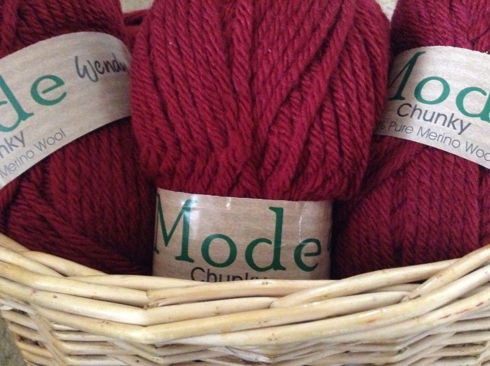 Wendy Mode Chunky Merino Knitting Wool 211 Chilli Pepper 100g Ball