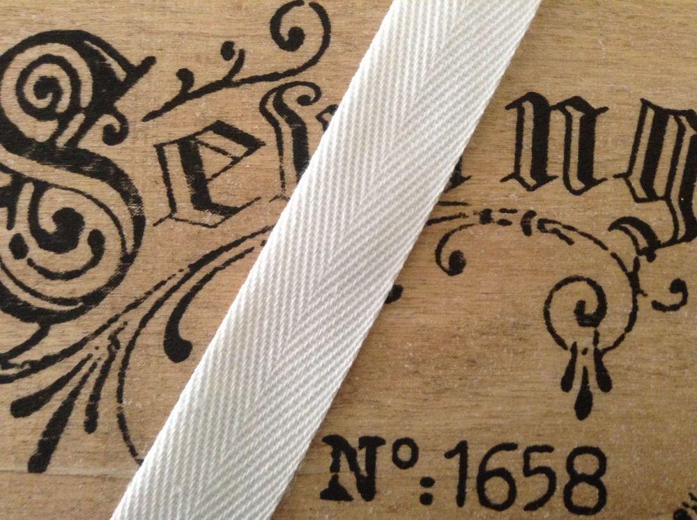 1.5 Inch Wide White Blanket Binding Soft Woven Herringbone Webbing
