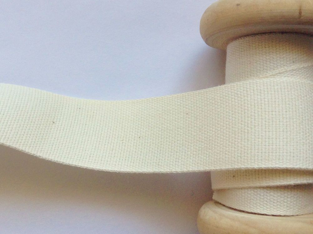 25mm Cream Twill Tape Woven 100% Cotton Fabric Bags Aprons Safisa 056